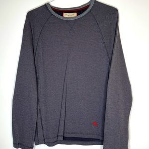 Large Tommy Bahama Gray Thermal Crew Top